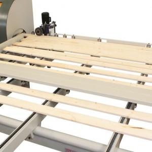 Alimentatore singolarizzatore automatico per ottimizzatrici a tappeto